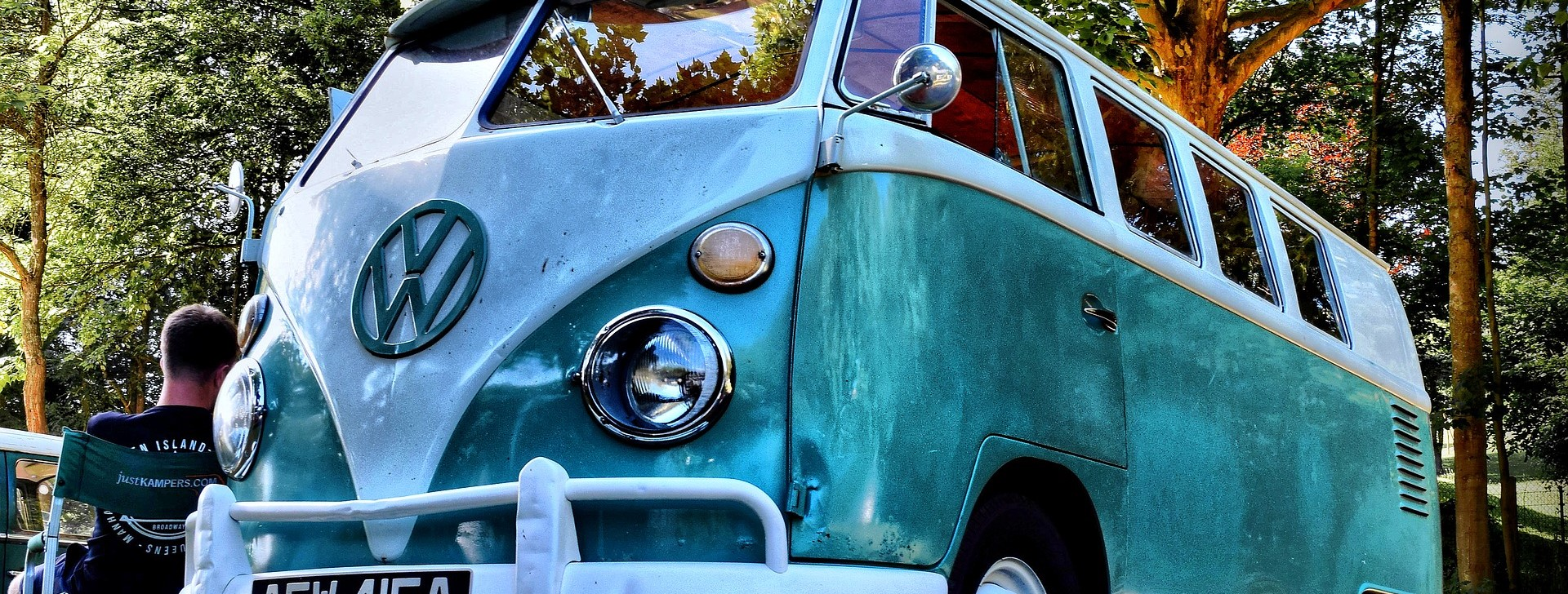 Old Volkswagen Bus in Pompano Beach - CarDonations4Cancer.org