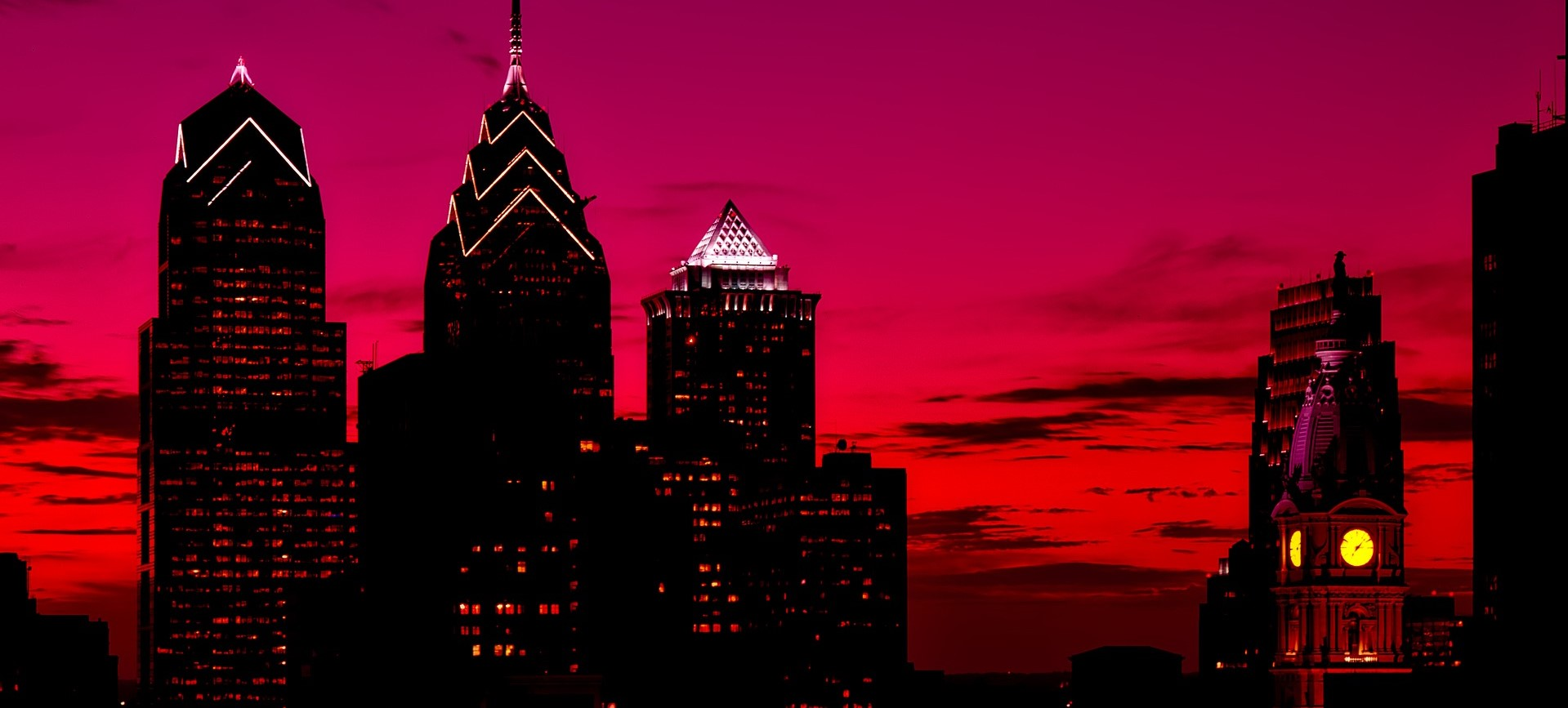 Philadelphia, Pennsylvania at Night | Breast Cancer Car Donations
