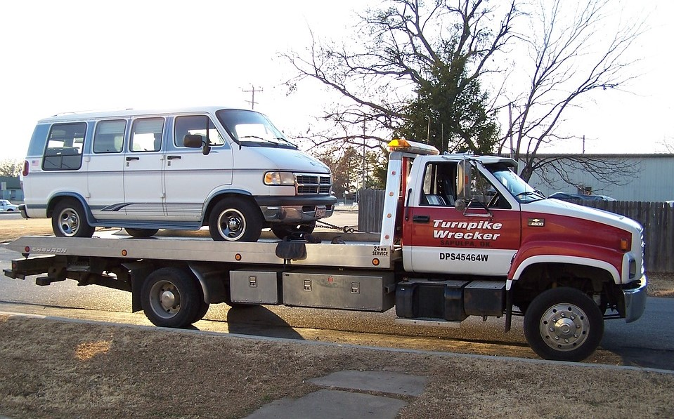 Vehicle towed away without any cost | Breast Cancer Car Donations