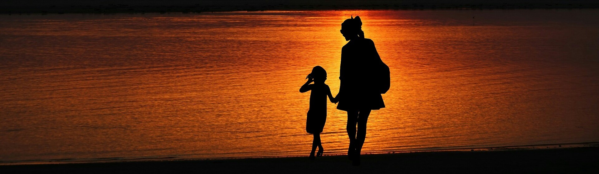 Mother and daughter under the Sunset - CarDonations4Cancer.org