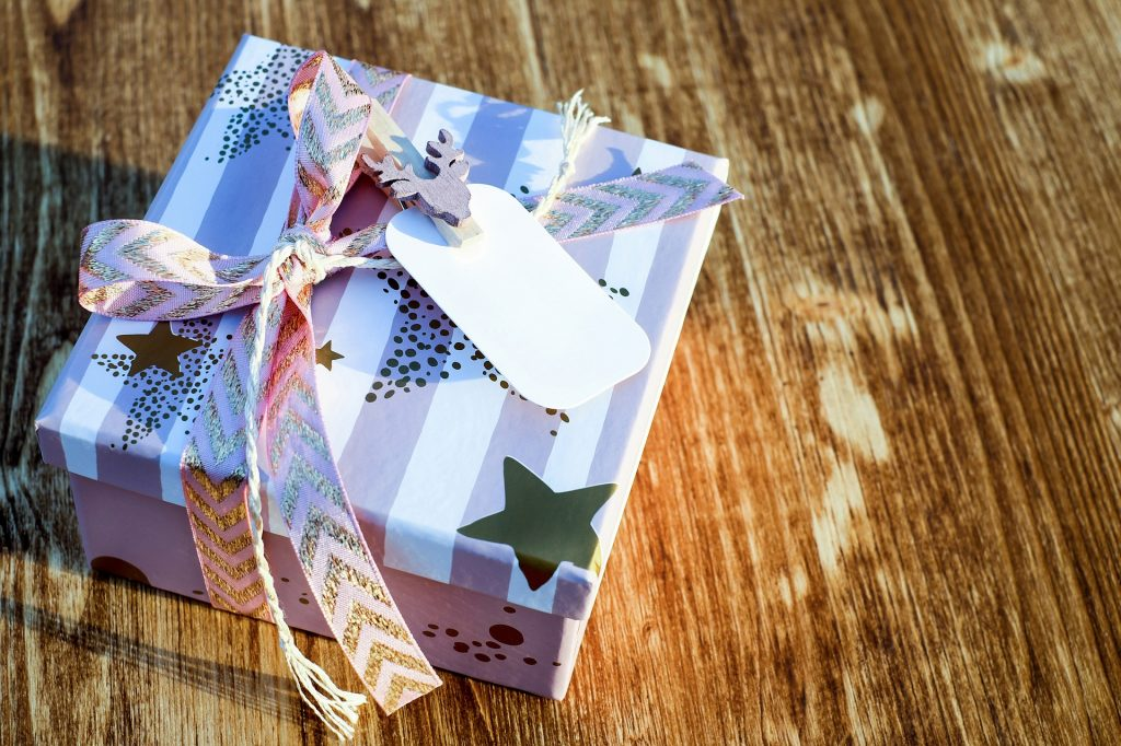 Christmas Gift Box on a Boxing Day | Breast Cancer Car Donations
