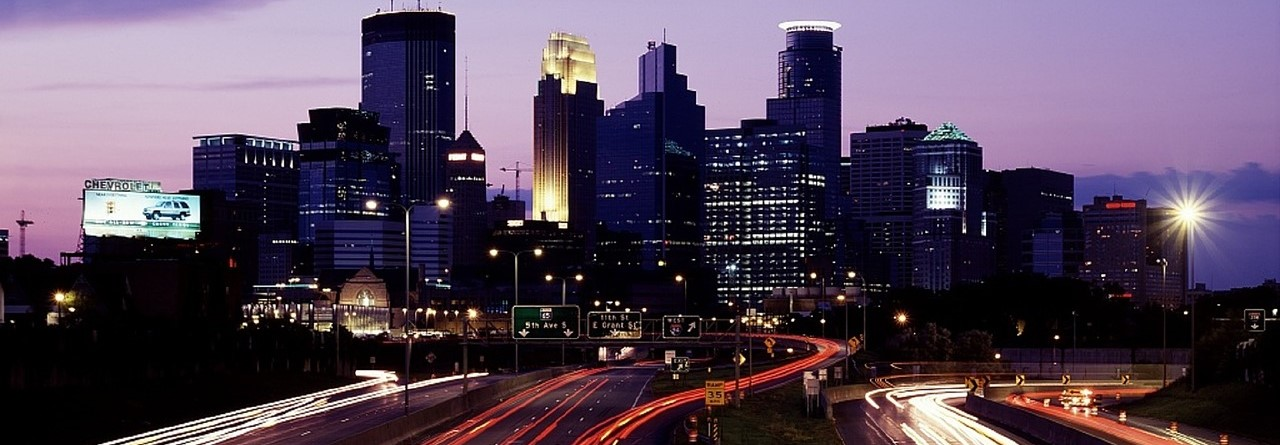 City Skyline in Minneapolis, Minnesota | Breast Cancer Car Donations