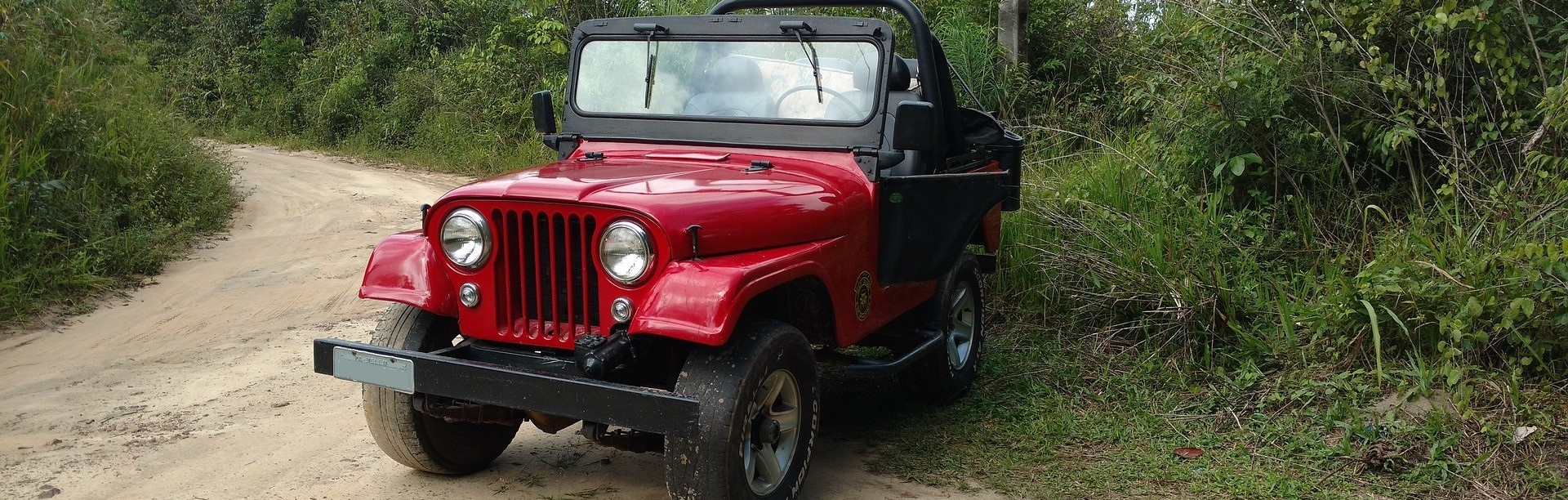 Oldtimer Jeep in Clearwater, Florida | Breast Cancer Car Donations