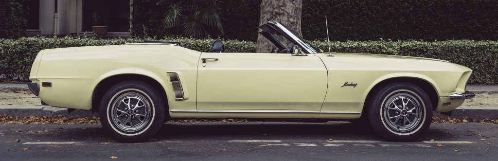 Yellow Oldtimer Convertible | Breast Cancer Car Donations
