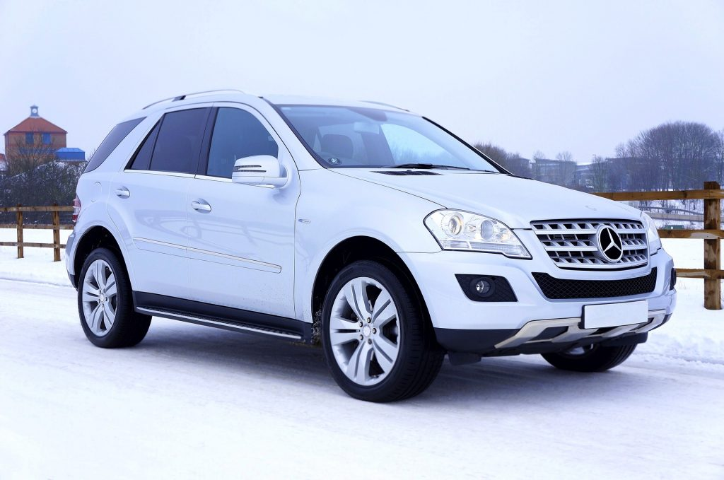 Mercedez SUV at the Snow | Breast Cancer Car Donations