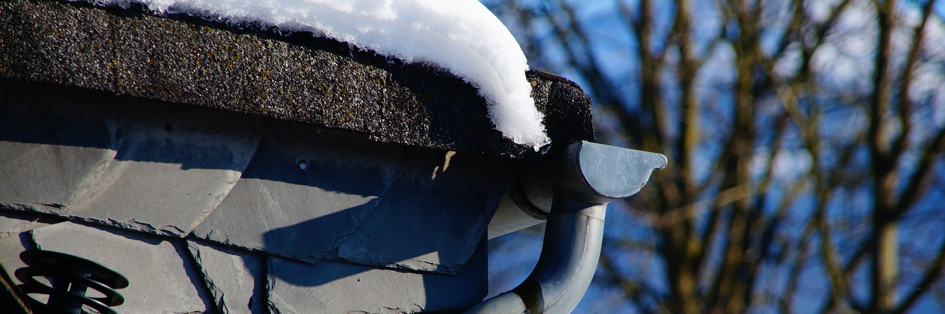 Roof Gutter with Snow   Breast Cancer Car Donations