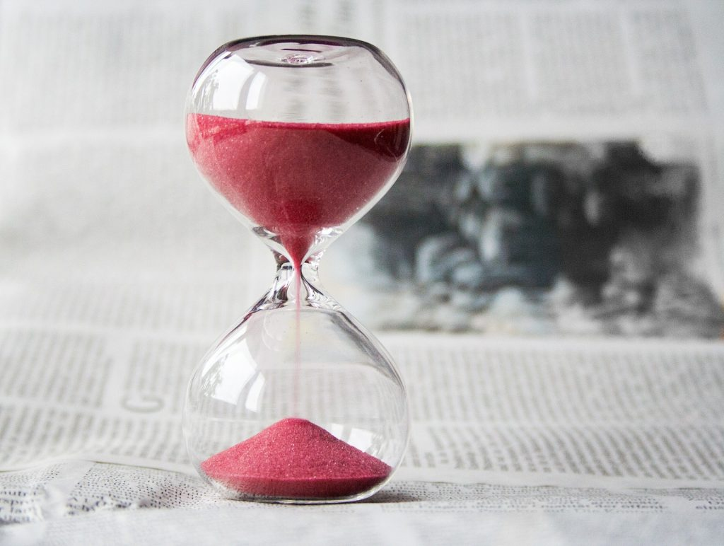 Hour Glass with Pink Sand | Breast Cancer Car Donations