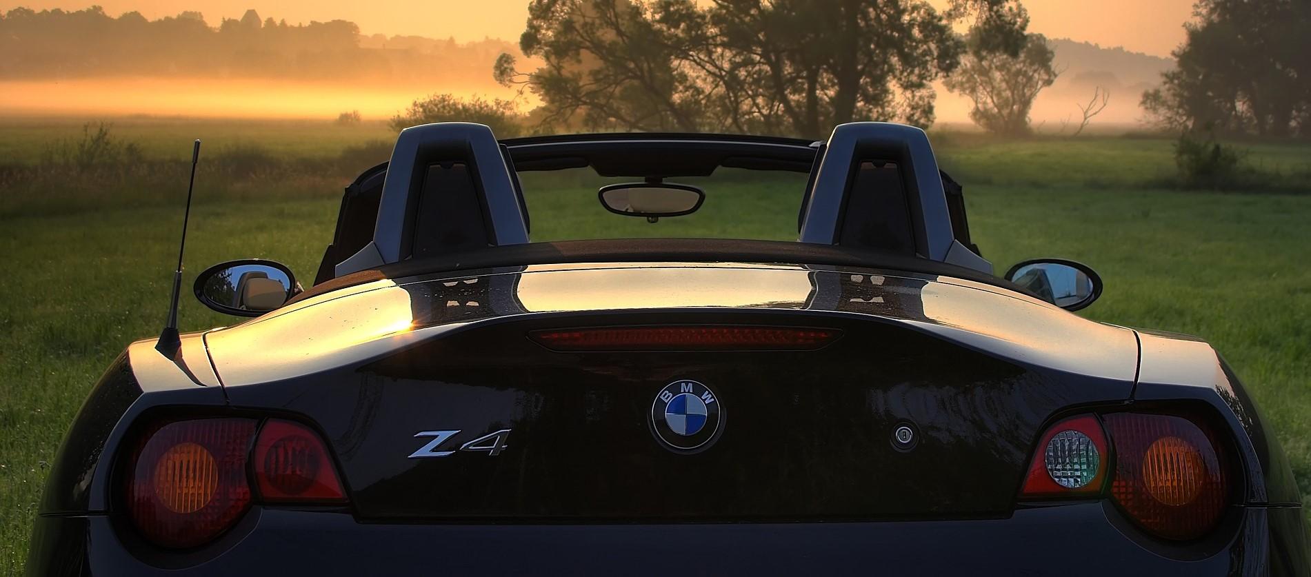 BMW Z4 Roadster in Salem, Oregon | Breast Cancer Car Donations
