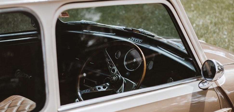 Oldtimer American Car | Breast Cancer Car Donations