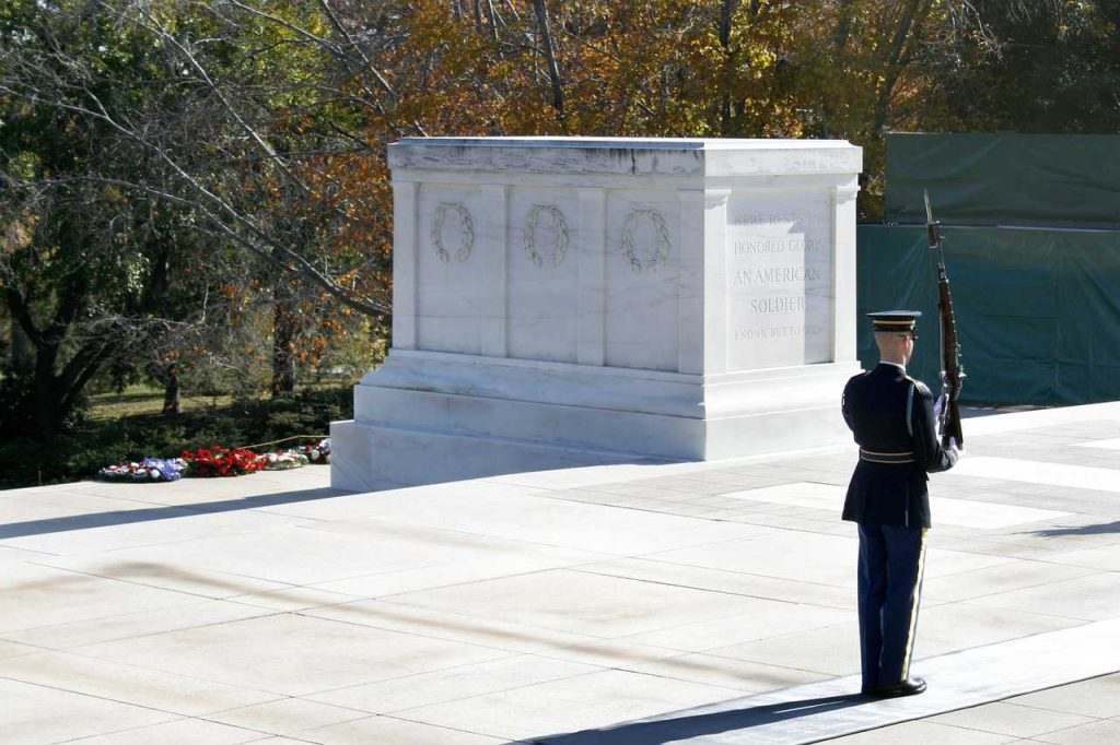 Tomb of the Unknowns at Arlington National Cemetery   Breast Cancer Car Donations