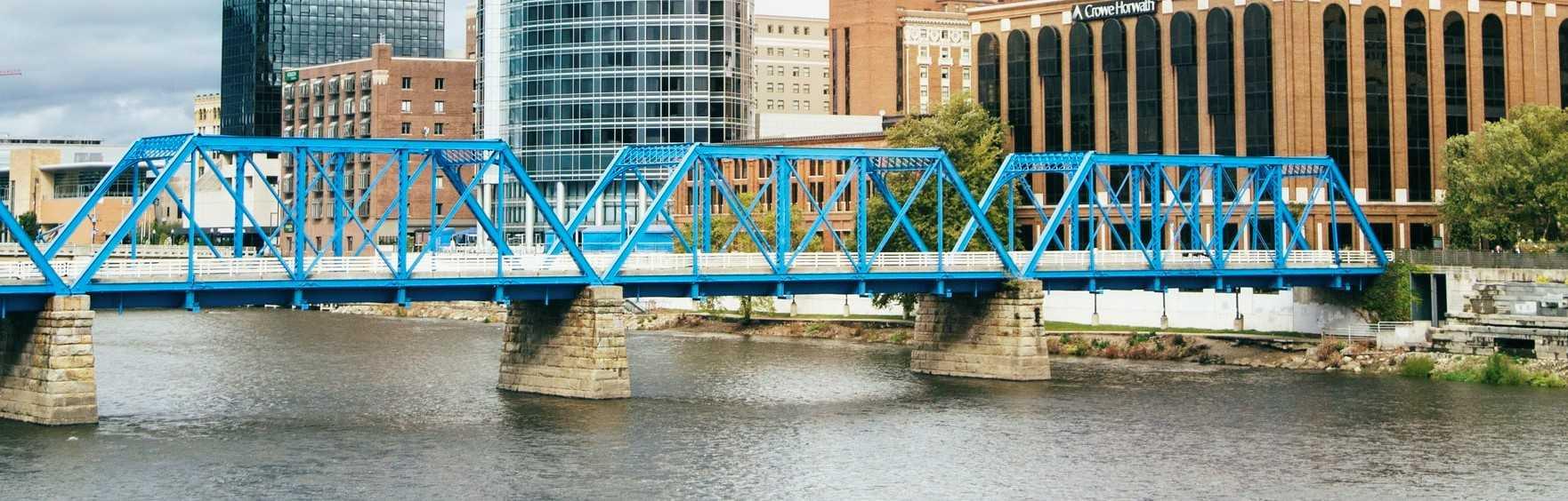 Bridge in Grand Rapids, Michigan | Breast Cancer Car Donations