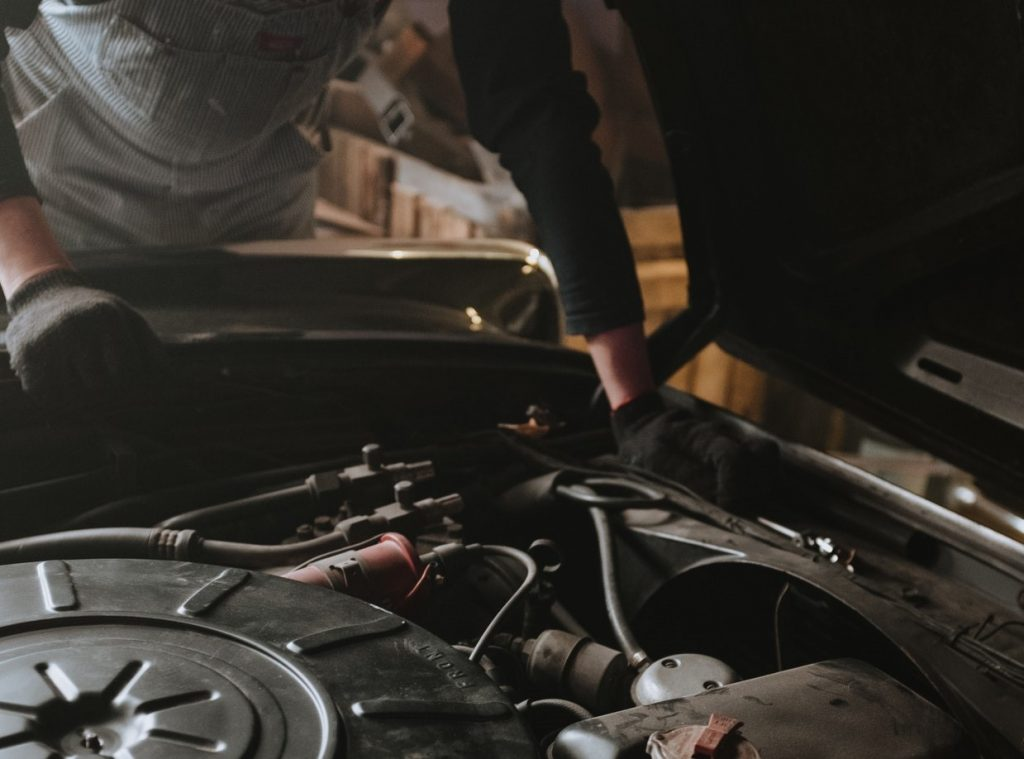 Car Engine Check Up   Breast Cancer Car Donations